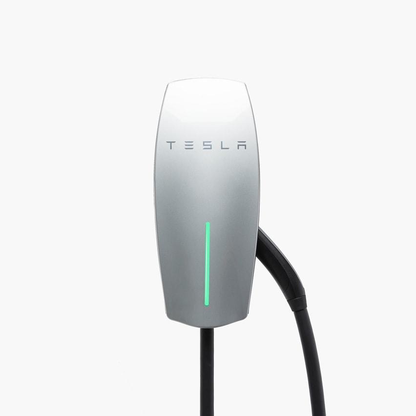 Tesla Fali Gyorstöltő
